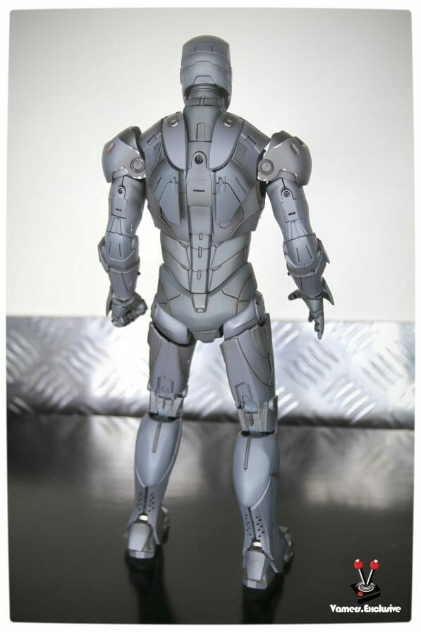 Vamers - Hot Toys - Limited Edition Collectible - Iron Man Mark III - SIlly Thing's TK Edition - MMS101 - Full Body Rear Standing