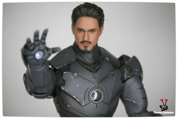 Vamers - Hot Toys - Limited Edition Collectible - Iron Man Mark III - SIlly Thing's TK Edition - MMS101 - Tony Stark Ready to Fire 3
