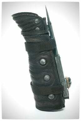 Vamers - SUATMM - Toys and Collectibles - McFarlane Toys nad ubisoft Assassin's Creed Dual Blade Collectible - Left