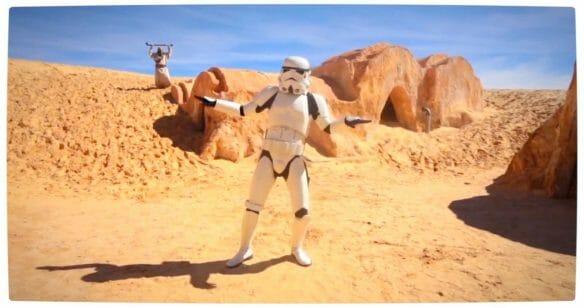 Vamers - Geekosphere - Fandom - Star Wars meets Pharrel Williams in 'Happy (We Are From Tatooine)' - Stormtropper Groove