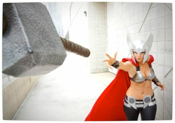 Vamers - Geekosphere - Thorsday - Toni Darling Gender-Bends Thorsday - Toni Darling as Thor 05