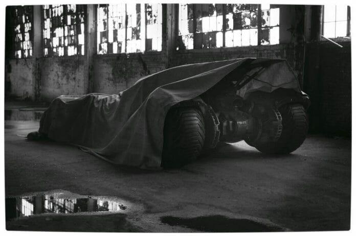 Vamers - FYI - Movies - First Look at Ben Affleck's Batsuit Costume and Batmobile for Batman Versus Superman the Movie - Full Tarped