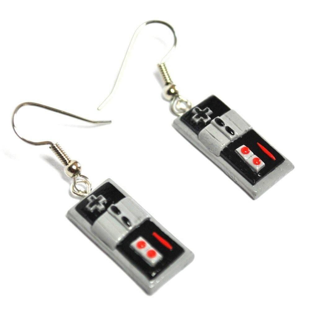 Vamers - Geekmas Gift Guide - Nintendo NES Controller Earrings